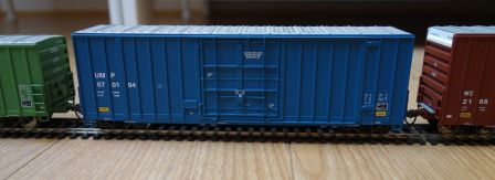 Walthers 932-7113 - 50' Gunderson hi-cube paper service boxcar